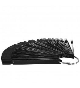Mostrar negru pentru 40 de culori sau modele de NailArt